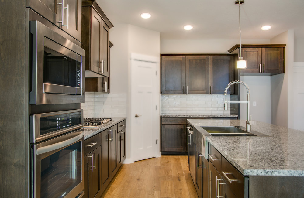 005 HD Lot 85 - 1059 S Walnut St Canby OR.jpg