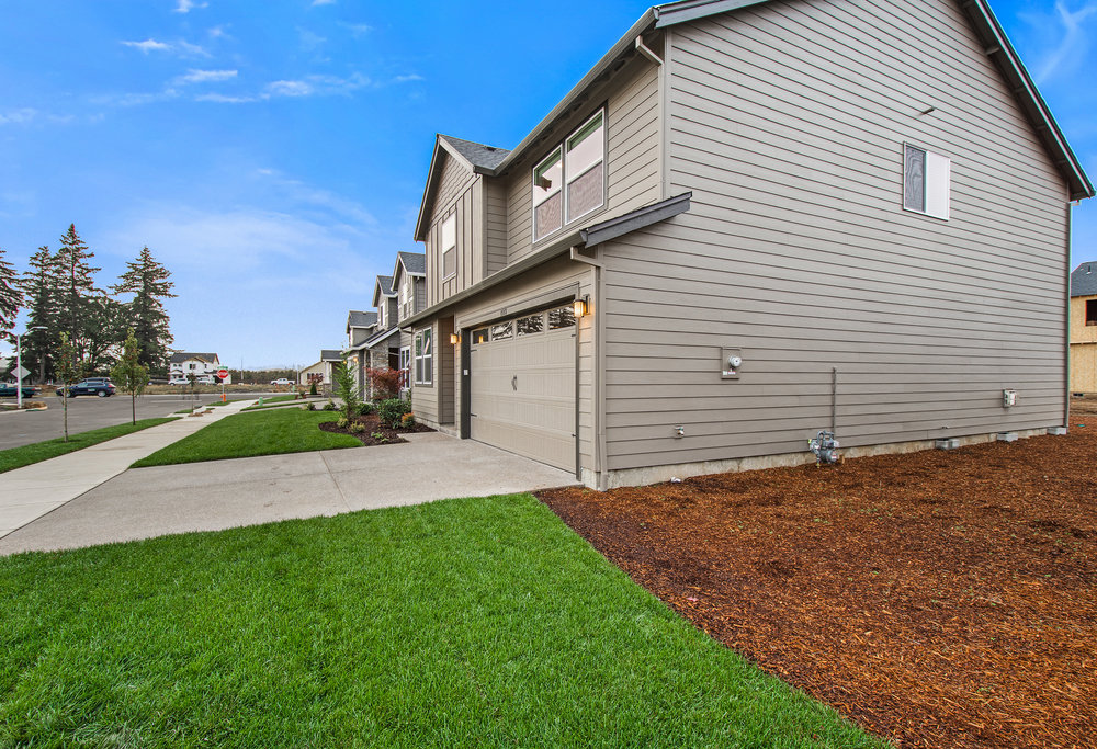 002 REDUCED 2173 SE 10th Place Lot 73.jpg