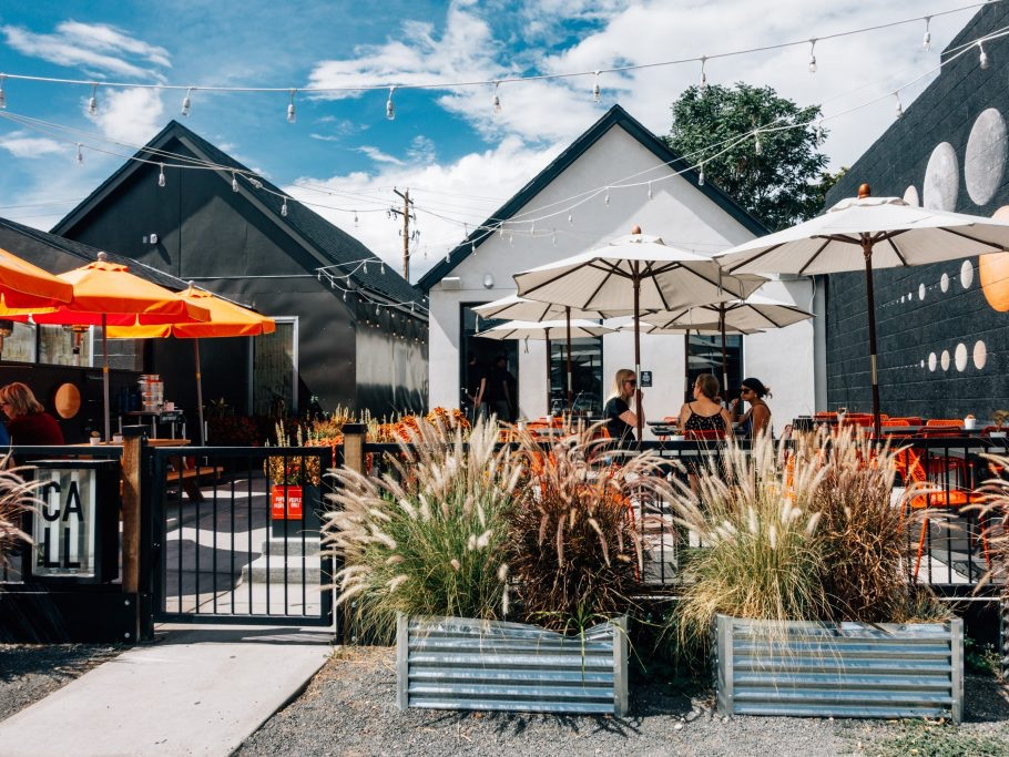 New Denizen | Denver City Guide: Perfect Three-Day Weekend in Denver for Foodies - Denver, Colorado is an awesome place for a hip weekend getaway in the Western United States.
