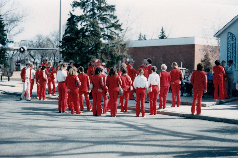 The Varsity Big Red Team receives a warm welcome and a tour of the facilities from their Regina Horse Show hosts.  For more information on the  RCMP Heritage Center , which has since been built nearby, please visit their very lovely website: http://rcmphc.com/