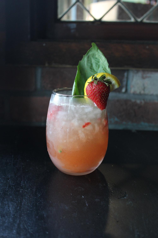 starwberrydrink.jpg