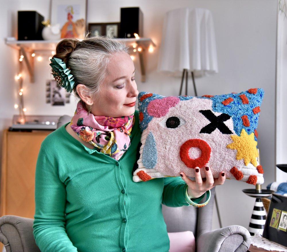 Melle Fleur - Meet Stephanie, a versatile artist from Brittany, France.