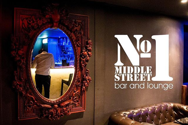 Mirror mirror on the wall! #Brighton #Bar #cocktails #Cocktail #Latelounge #Sussex #Nightlife #No1 #one #no1middlestreetbar #Seasidepleasure #Party #Dance #Drink #Exclusive #VIP #welovebrighton #dresstoimpress #Mirror #Vision #Seeclear