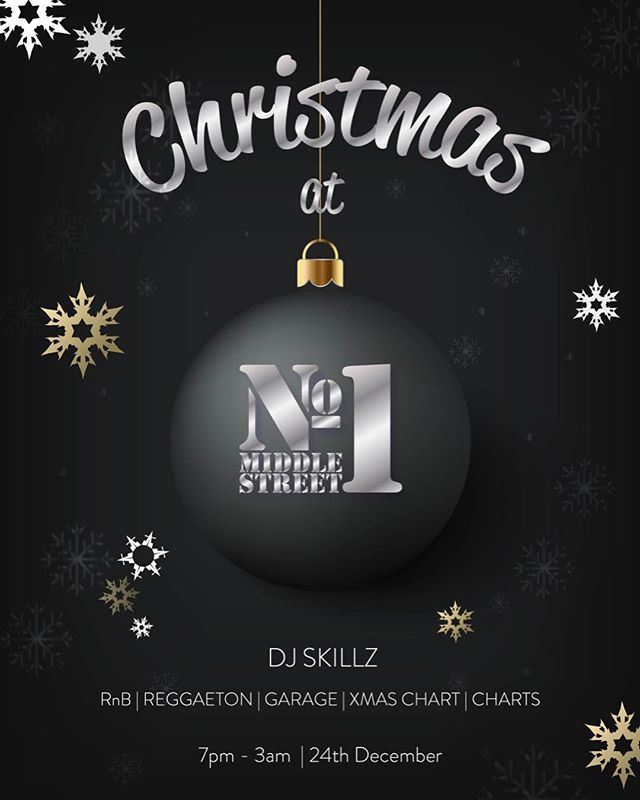 No1 Christmas EVE Elite Night!  Book tables in advance and Tickets £5 and automatically entire the raffle for a bottle of MOËT MAGNUM  #Moet #moetchandon  #drinks #cocktail #brighton #instadaily #drinkporn #No1 #cosmopolitan #alcohol #Club #Bar #Latelounge #Elite #VIP #xmas #christmas #festive #2017 #Party