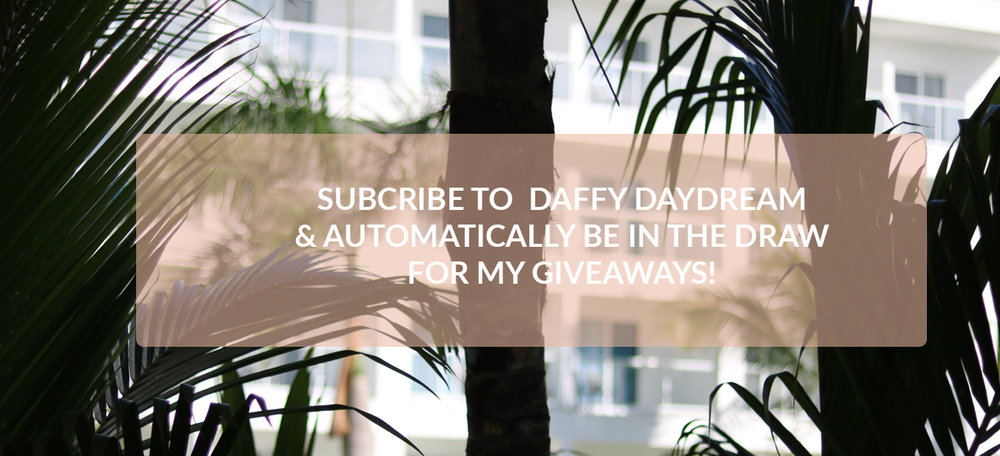 Subscribe to Daffy Daydream and automatically be in the draw for my giveaways.