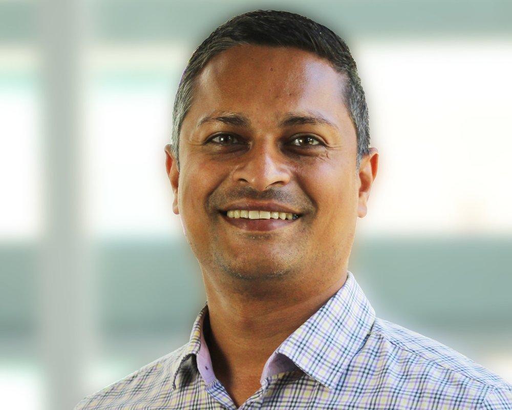 Mo Khan - Senior Associate