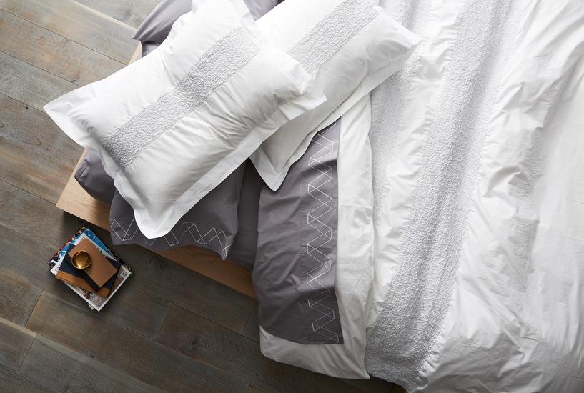 bed_overhead.jpg