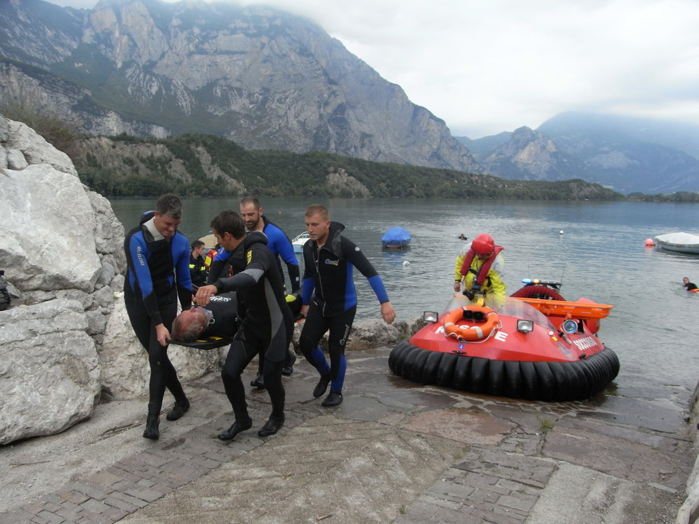 Rescue training in the Italian Alps