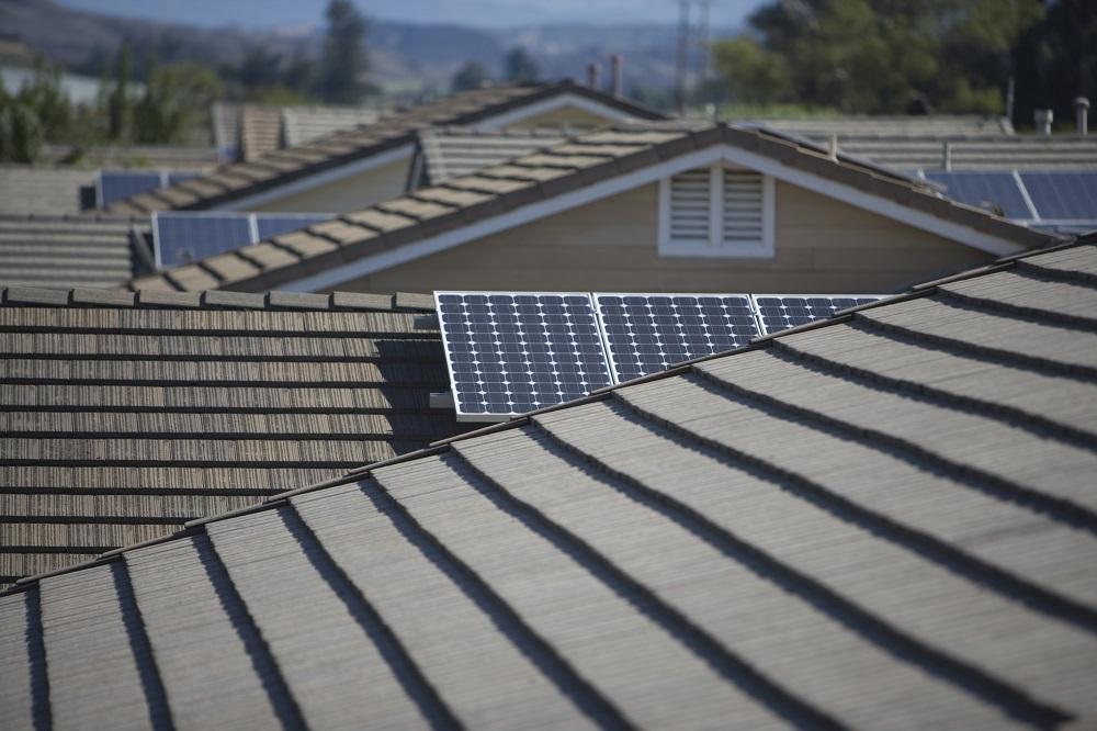 Power-Household-Entirely-By-Solar-Power.jpg