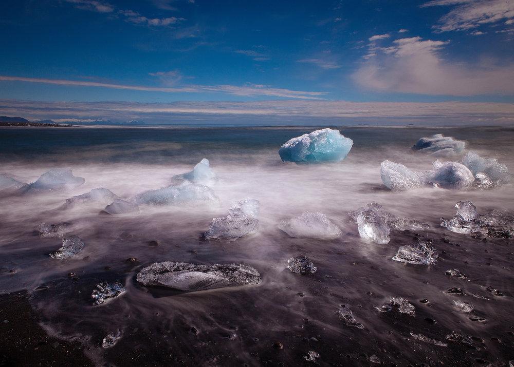 Iceland, Jokulsarlon, Grave of Icebergs