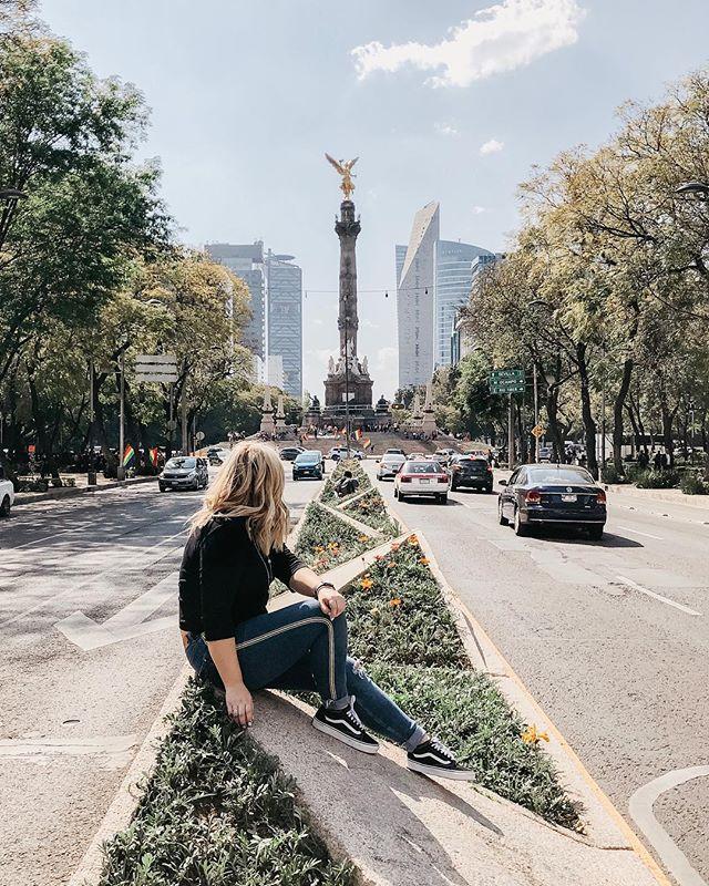 Mama estoy bien 🇲🇽✨ . . . #travel #mexico #df #shotoniphone #mexicocity #mexicodf #travelphotography