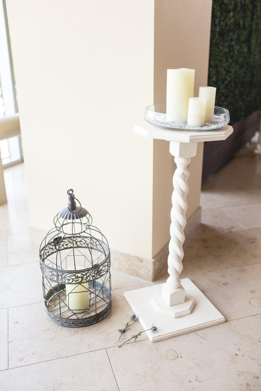 White Cake Pillar - $25.00
