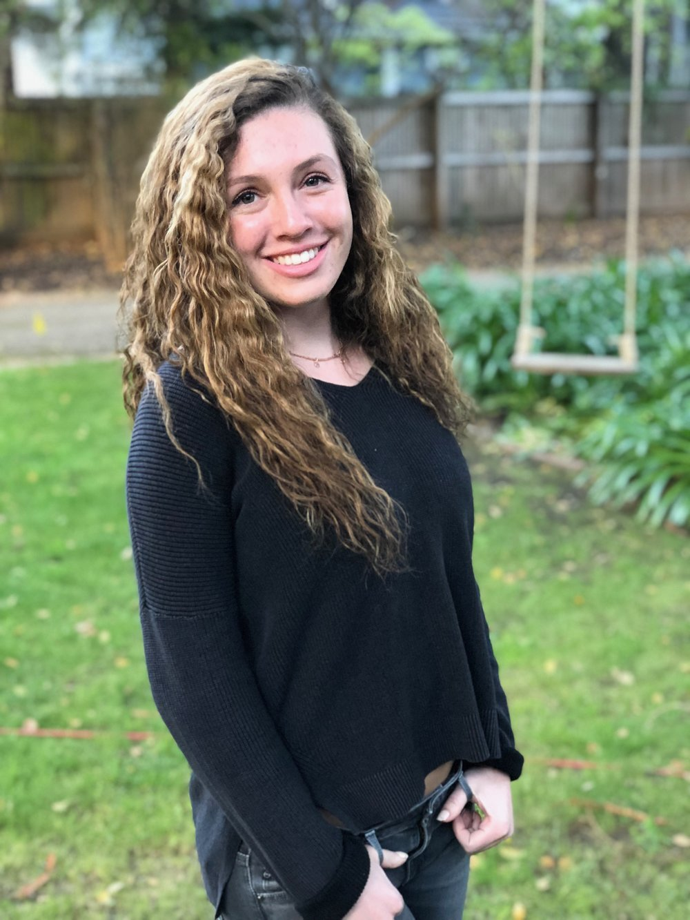 Talia Missan - Talia is a rising junior at Bowdoin College, where she plans to major in Psychology and minor in Government and Legal Studies. She is particularly interested in social and clinical psychology and hopes to pursue a career in one of these fields.
