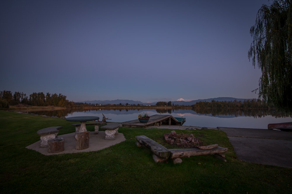 5 - EXTERIOR TWILIGHT - Laxton Lake-6.jpg