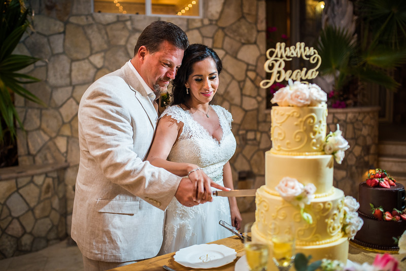 Our wedding day-488-L.jpg