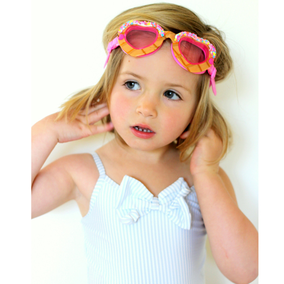 Children's clothing & accessories (Worldwide) - Baby Goes Retro