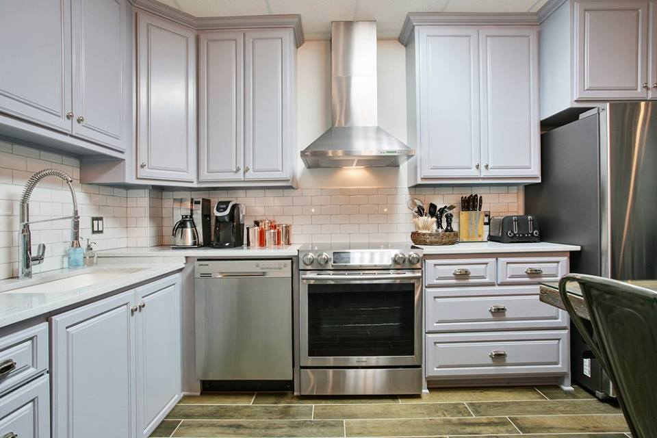 This Is A Backsplash Installed By Acadian Flooring Design Center At Parcou0027s  Main Office In Gray, Louisiana. The Customer Used Retro Subway Tile In A  Glossy ...