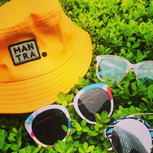 No matter where you might be and what crazy February cold you might be experiencing, Mantra is here to remind you that Spring is just around the corner! Time to start prepping that summer wardrobe - what about a new pair of sunglasses from Mantra's Daisy Chain or Heaven & Earth line? Check them out now! --- www.findyourmantra.com --- #findyourmantra #EducationInSight #buyonegiveone #sunglasses #eyewear #socialentrepreneurship #travel #liveauthentic