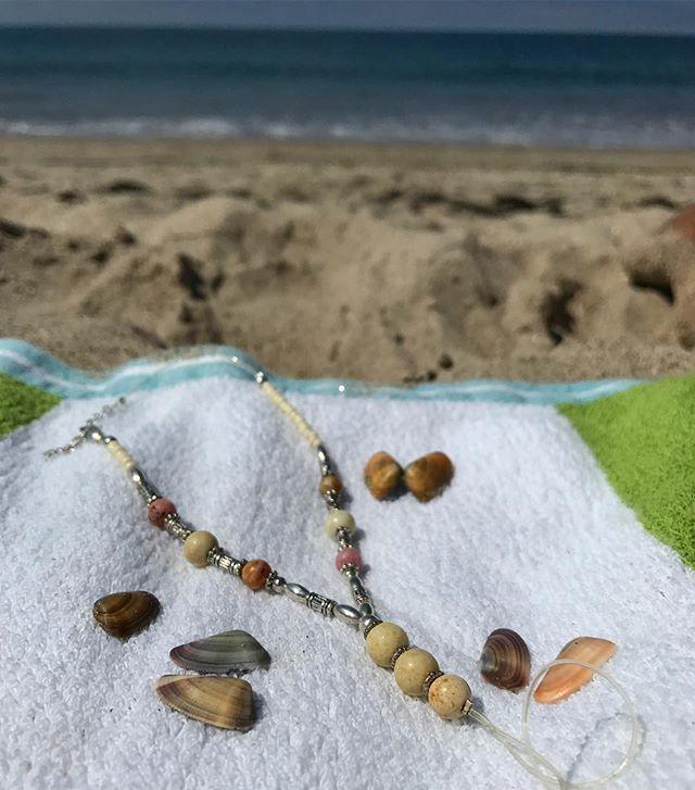 #anklets #handmadejewelry #california #beachwear #beachweddingideas #toeanklets #footjewelry #footjewelryforwedding