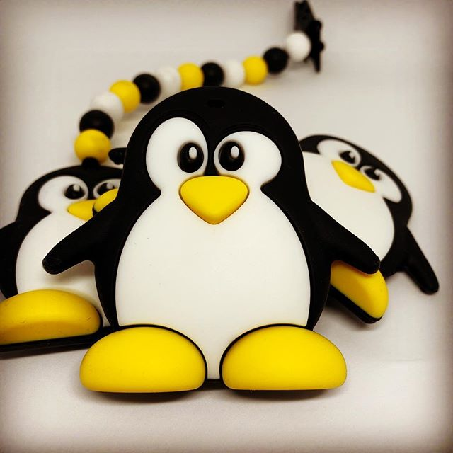 🐧 Penguin 🐧. . Introducing the newest member of our teether family! You can easily attach it your baby's clothes 👶🏻 and the textured surface is a perfect teething-remedy for sore gums. . Listing tonight on 🇪🇺 Amazon 🇮🇳 at a special introductory-price!. . . . . #droolychews #mordedor #teethingbaby #teethingsucks #teethingtoy #teethinginstyle #teethingsimplified #zahnen #dentizione #massaggiagengive #babygeschenk #greifling #kraamcadeau #cadeaunaissance #babygift #motherhoodunplugged #motherhoodsimplified #newmom #momlife #uniteinmotherhood #motherhoodrising #smallbusiness #mombitious #handmade #mompreneur #indianmoms #indianmomblogger #mumbaimoms #delhimoms #siliconeteether