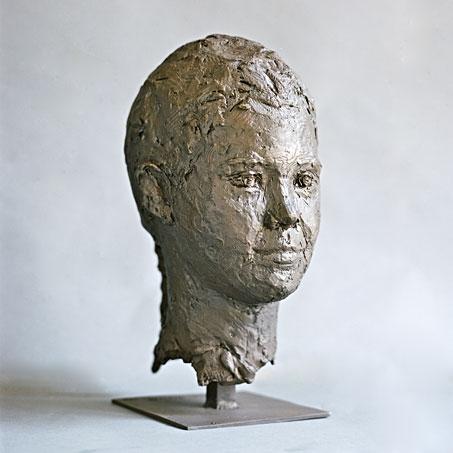 Emily Usner, 2006, Bronze, Privatbesitz..Emily Usner, 2006, bronze, privately owned