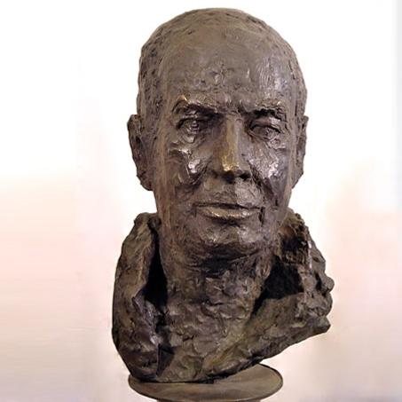 Donald Kahn, 2003, Bronze, kl. Festspielhaus Salzburg..Donald Kahn, 2003, bronze, kl. Festspielhaus Salzburg