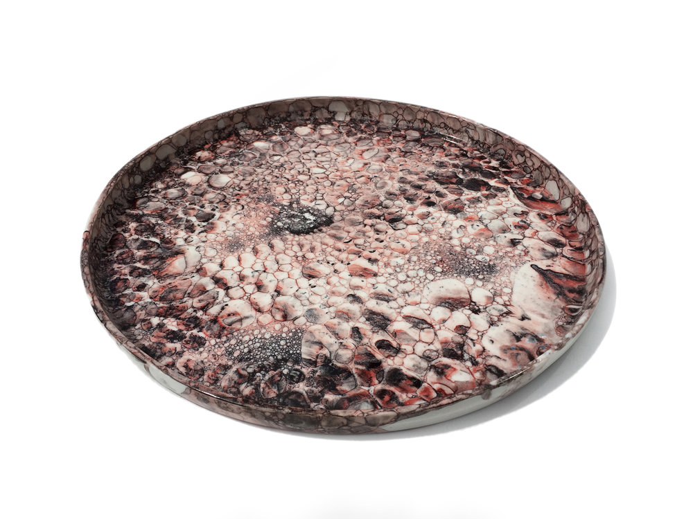 Red-Black Bubble Plate