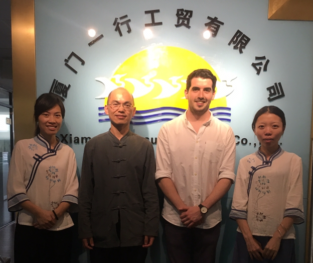 Sam Bendat in China