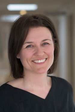 Birgitte Rindom  Speciallæge i gynækologi & obstetrik