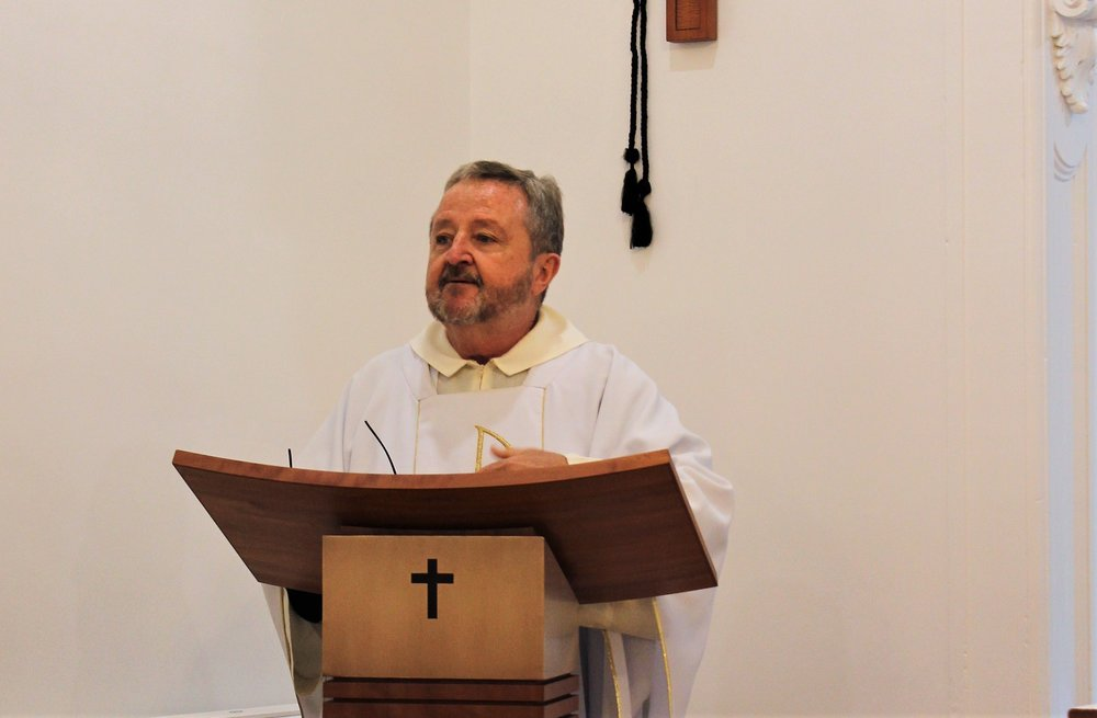 Fr Peter Daly preaching at mass