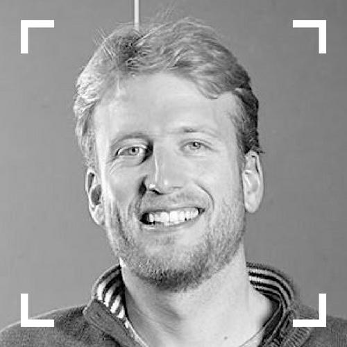 Emilien  (@etaque)  Serial Codeur chez Dividat   Si tu avais un superpouvoir ? ⚡️ Arrêter le temps !  Le métier que tu voulais exercer petit ? 💼  Architecte (de maisons, pas de code) !  L'endroit qui te fait le + kiffer ? 🗺 La Nouvelle-Zélande et sa nature de folie !