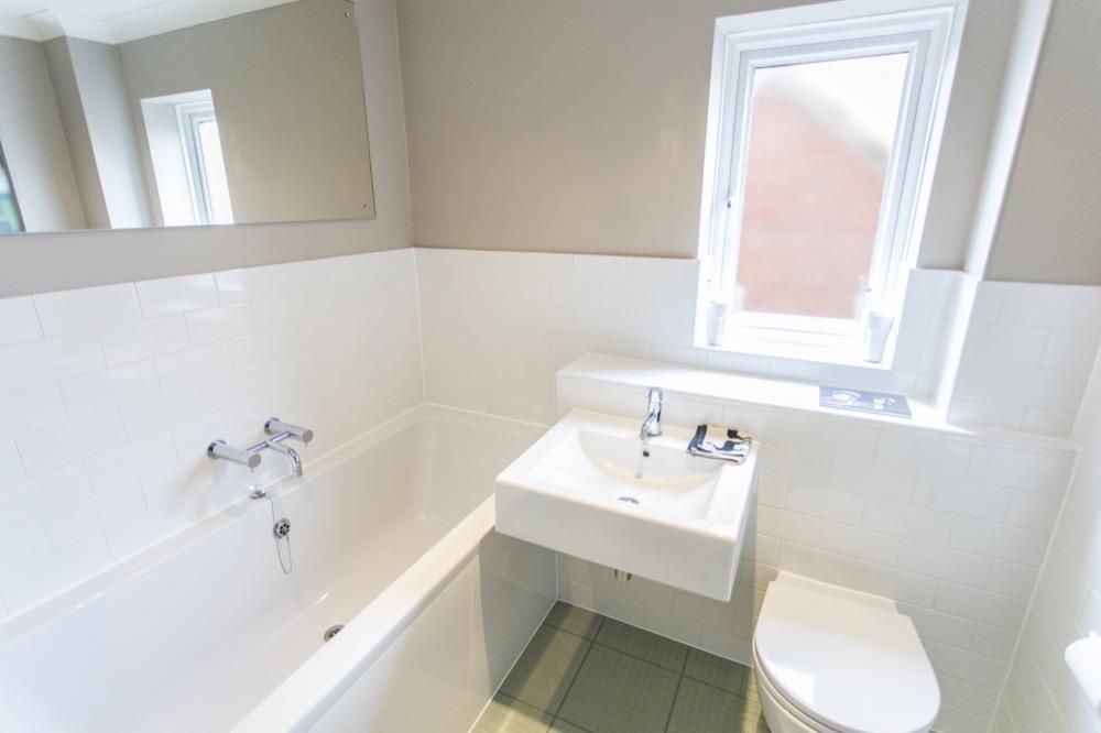 Modern Bathroom. White. Emperor Bathrooms limited.