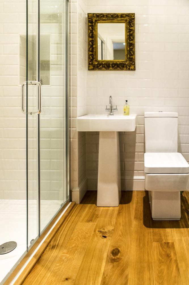 colchester en-suite. Emperor Bathrooms.