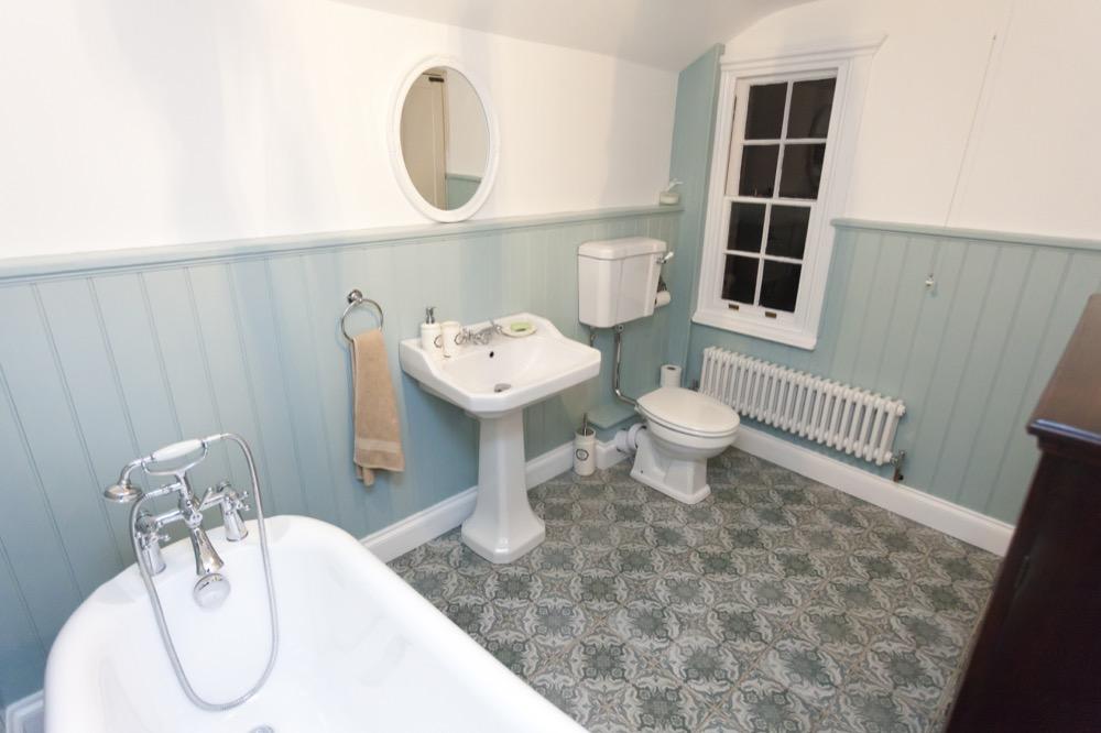 Beautiful Victorian Bathroom Refurbish. Roll top bath. Emperor Bathrooms.