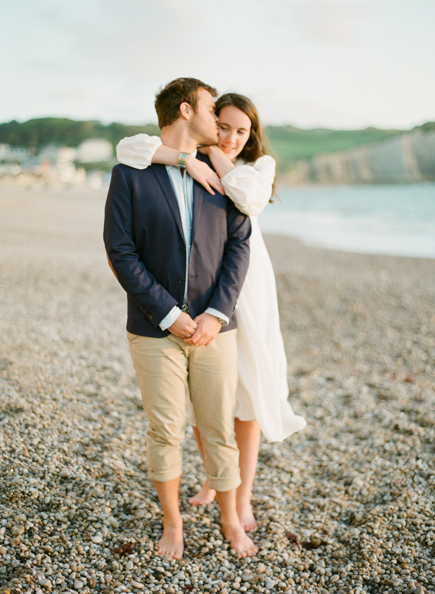 etretat-engagement-session-alain-m-2.jpg
