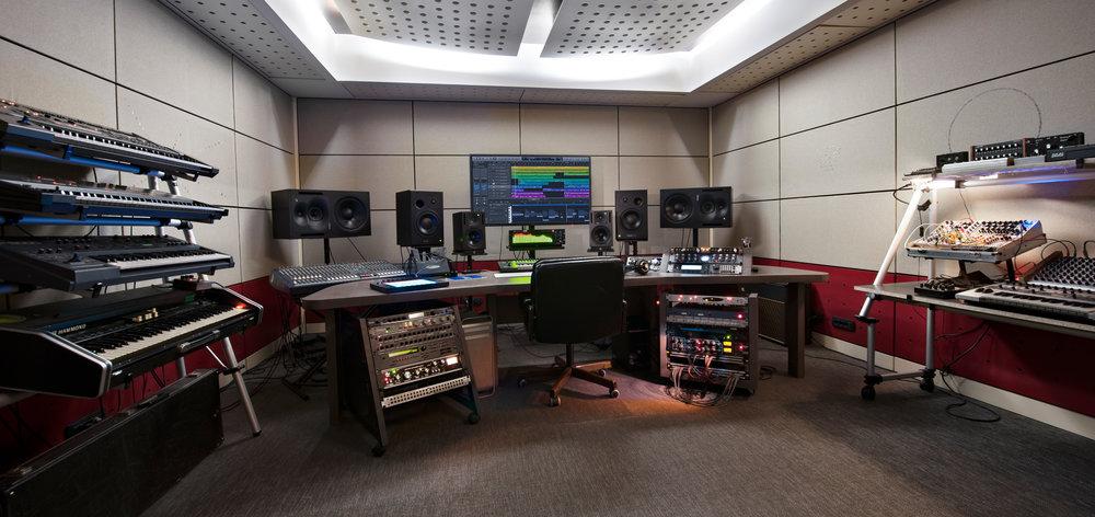 Studio-BLAU-Milano-by-Donato-Torri-131217-0047-Modificata.jpg