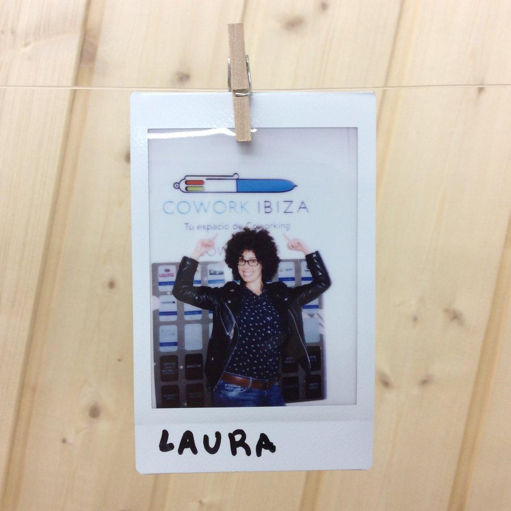 LAURA TORRES  -  laurathecommunity.com