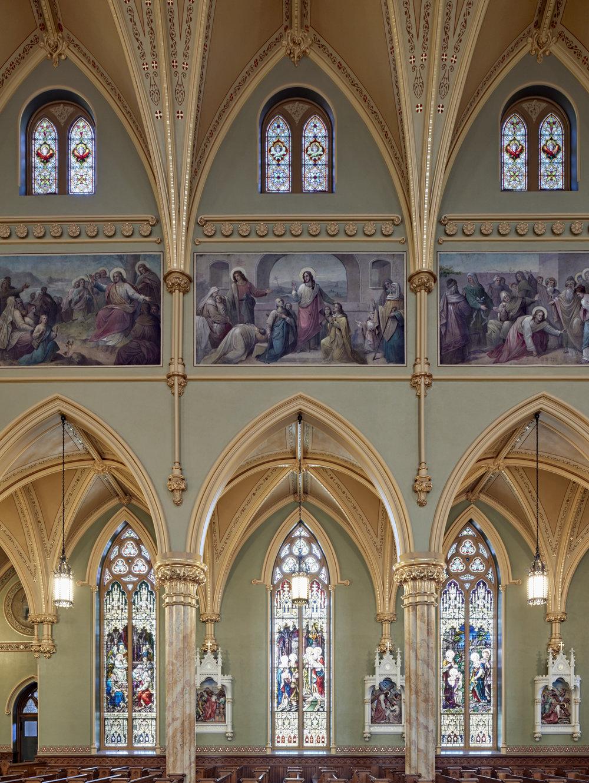 _SideWallClerestoryMurals-St Pat's Lowell.jpg