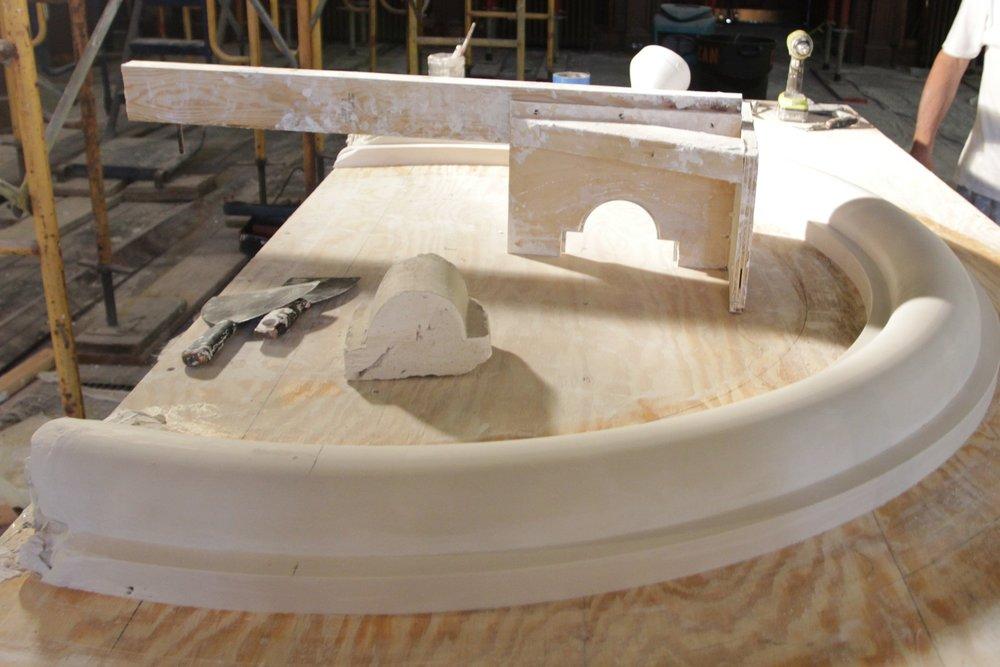 running-mould-plaster1.JPG