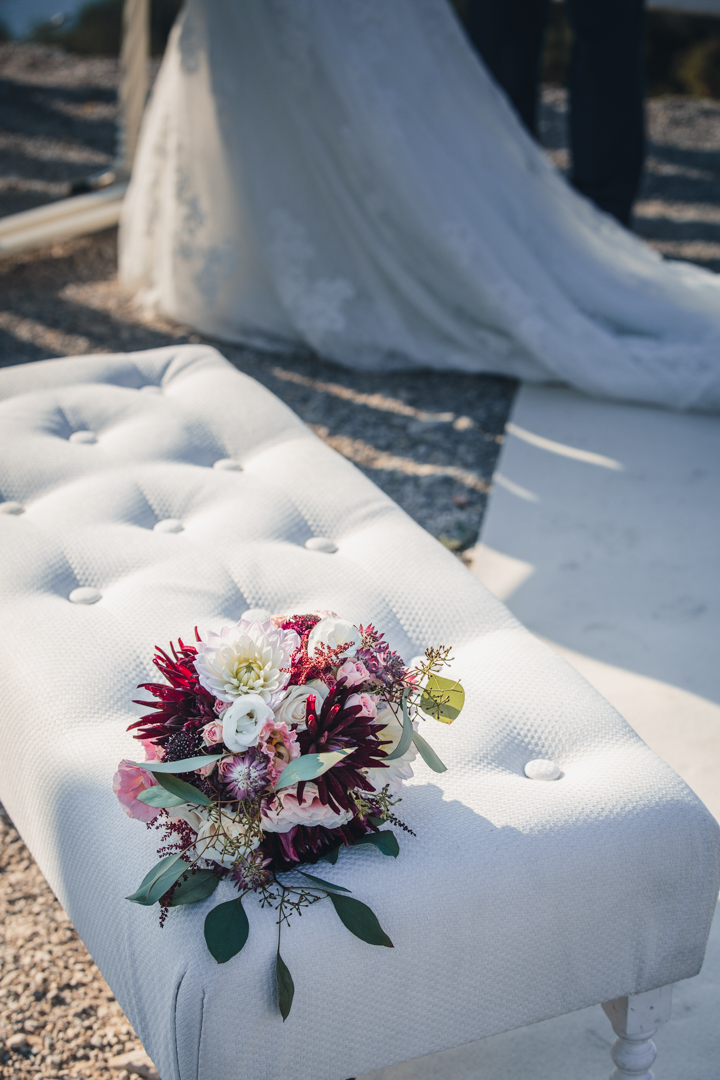 wedding photographer mallorca dominic lula wedding bouquet