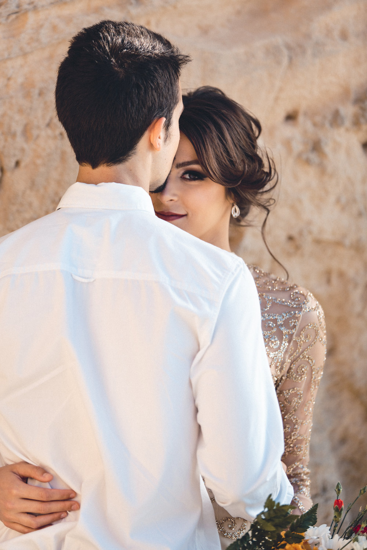 wedding photographer mallorca dominic lula charming look couple photoshoot engagement session
