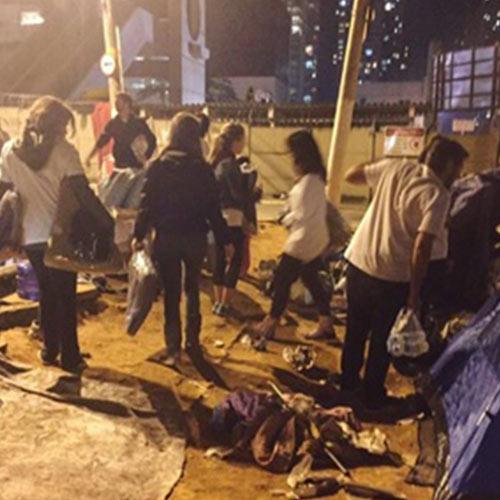 ARCAH contra o Frio - No inverno, saímos às ruas de São Paulo para realizar nossa entrega de kits para a população em situação de rua. Nosso objetivo é, principalmente, sentar e conversar com essas pessoas, ouvindo suas histórias, entendendo seu contexto e aquecendo os corações de todos os participantes da ação