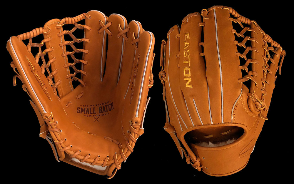 Size: Eleven and Three Quarter  Leather: Premium Steer  Tannery: Horween - Chicago, IL  Lining: Premium Horween Steer Hide  Lace: USA Rawhide  Notes: The 423 Model is a neutral depth pattern with slightly curved fingers, ideal for corner and middle infielders.