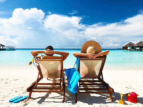 couple-vacation-tropical-lgn