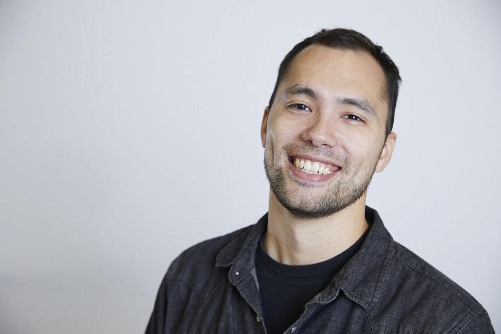 Alex Caves, <br/>Product Designer