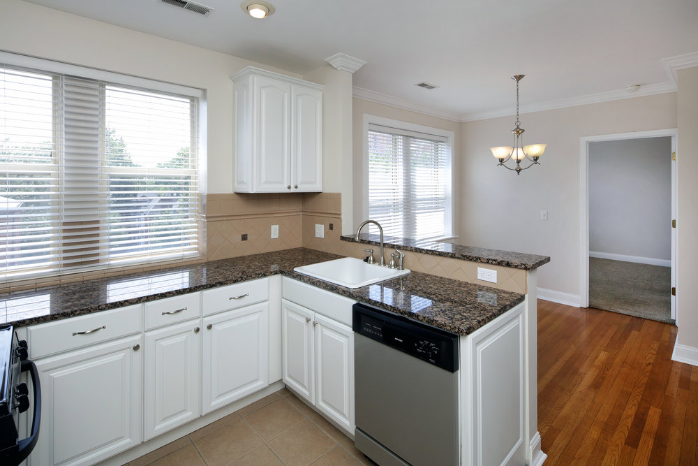 2 Bed Large Kitchen