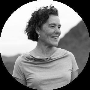 Linda Alley Sarnack | Yoga Teacher