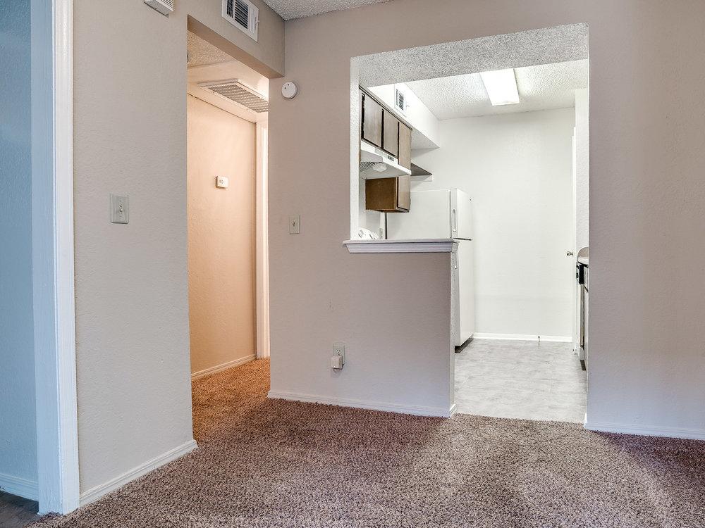 Kickingbird_Apartment-7.jpg