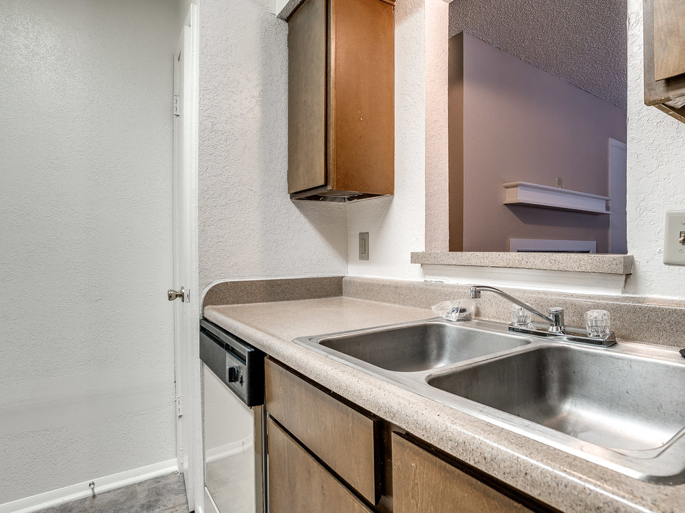 Kickingbird_Apartment-11.jpg