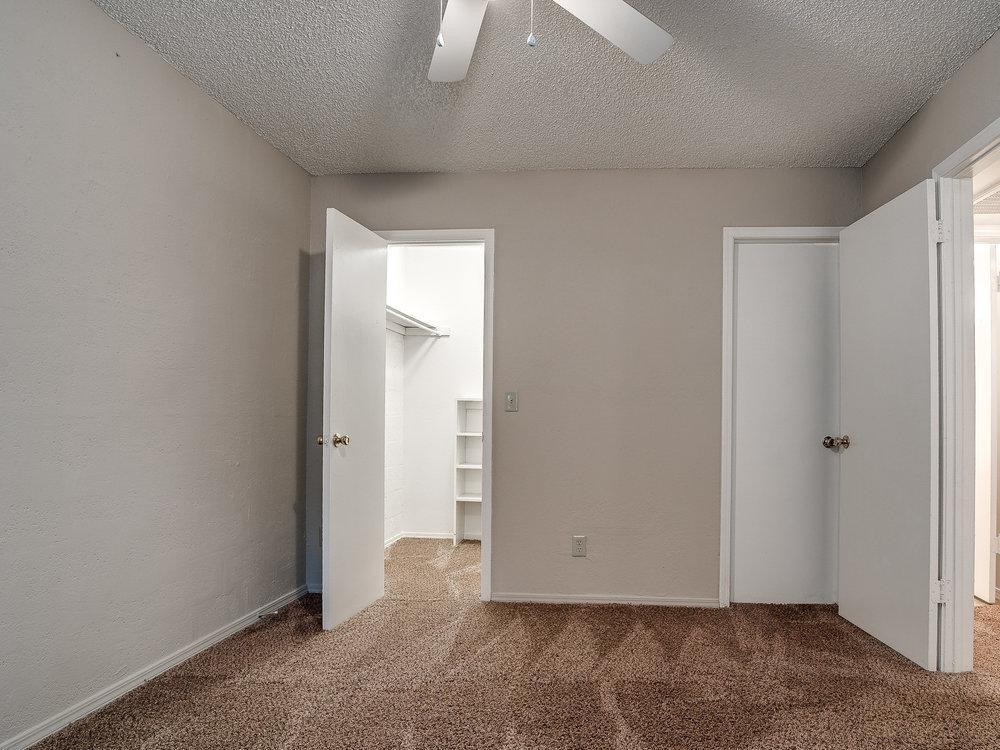 Kickingbird_Apartment-16.jpg